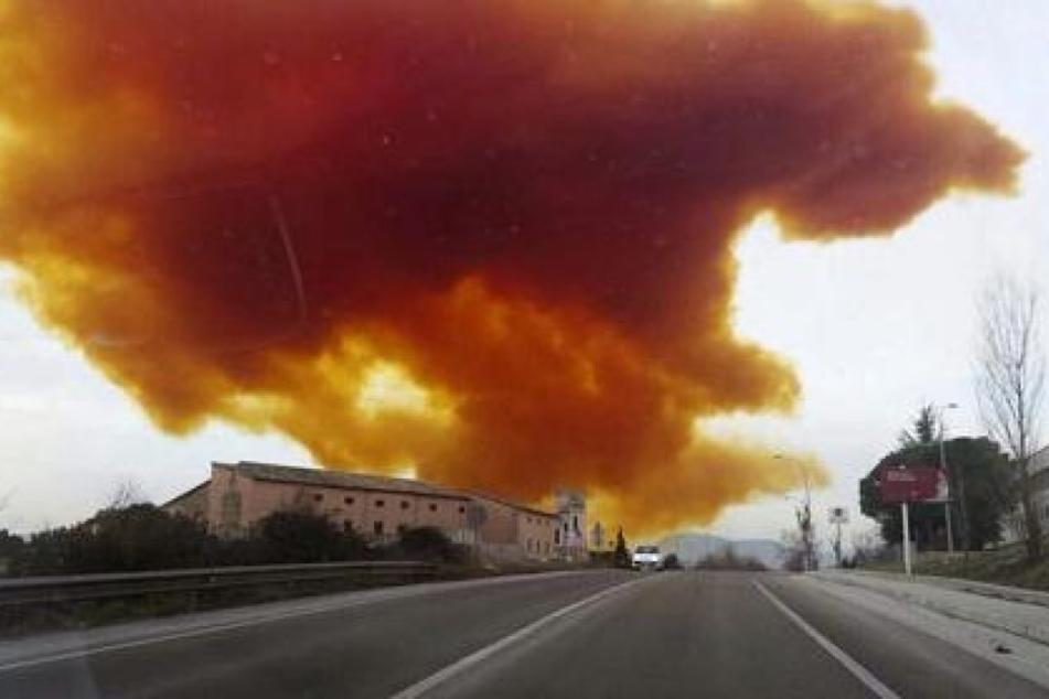 Die Giftgaswolke nahm eine gelborange Farbe an und zog über mehrere Dörfer. (Symbolbild)