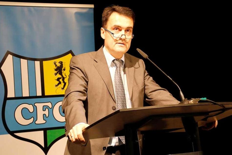Der scheidende CFC-Vorstandsvorsitzende Dr. Mathias Hänel stellte den Geschäftsbericht vor.