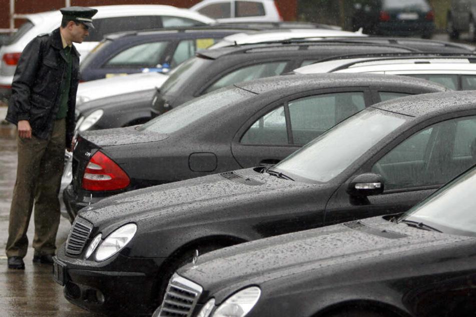 Schlag gegen Autoknacker-Bande: Fast 300 Straftaten, Schaden in Millionenhöhe