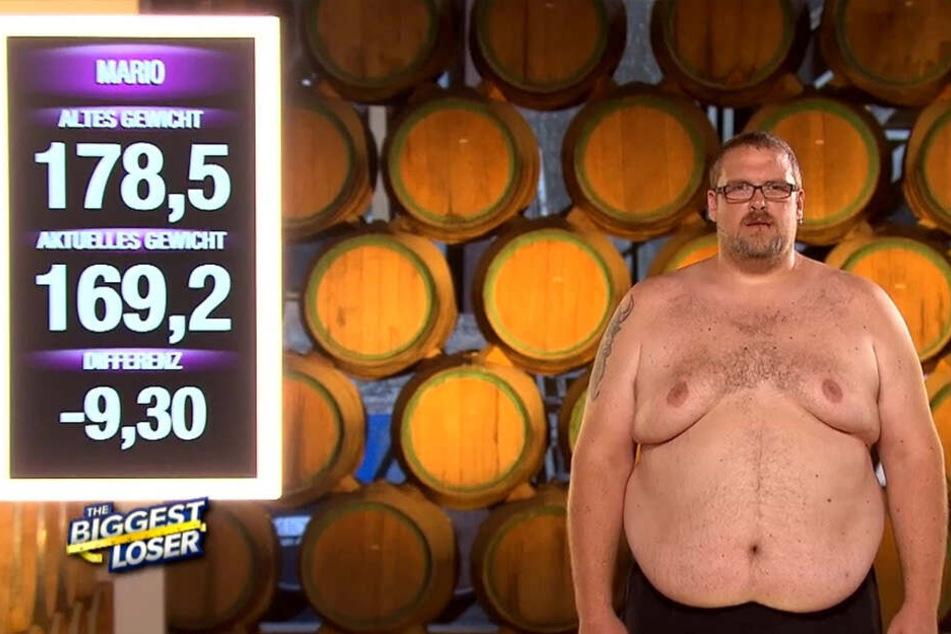 Von Woche zu Woche speckt Mario kräftig ab. In 14 Tagen hat der Sachse schon 26 Kilo abgenommen.