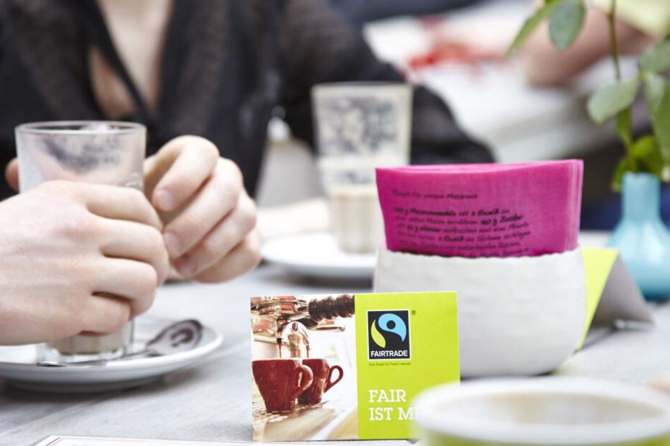 Besonders bei Kaffee greifen schon heute immer mehr Menschen zu fair gehandelten und produzierten Produkten.
