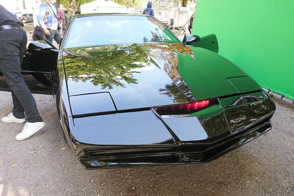 """Auch das als K.I.T.T. bekannte Auto aus der Serie """"Knight Rider"""" ist derzeit in Görlitz."""