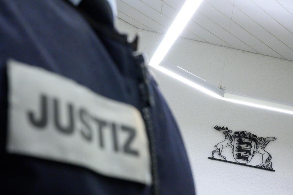 """Sie sollen Anschläge auf Moscheen geplant haben: Terrorzelle """"Gruppe S."""" vor Gericht"""