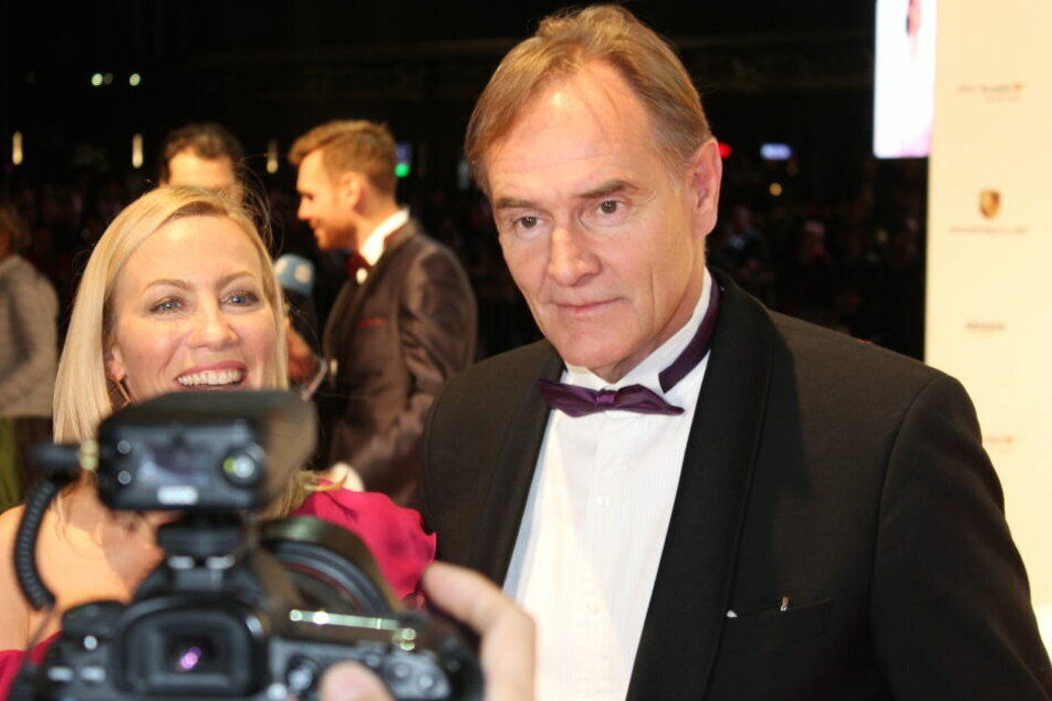 OB Burkhard Jung erschien mit Frau Ayleena (38).