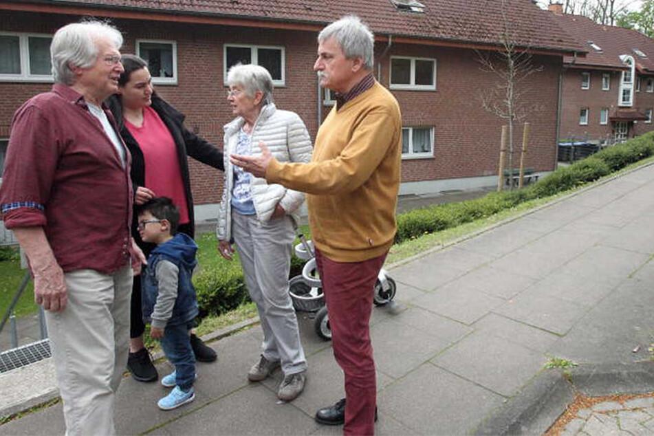 Die Vlothoer sind entsetzt über das harte Vorgehen der Ausländerbehörde und der Polizeibeamten, die die Mutter aus dem Haus schleppten.
