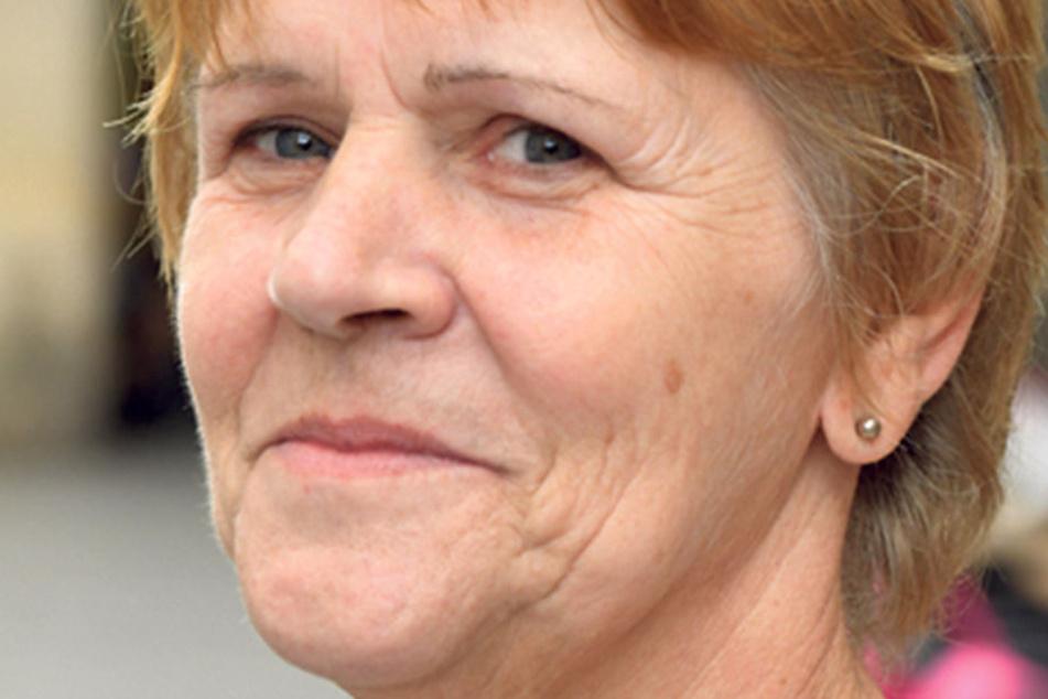 """Carla Pursche (58), Küchenhilfe aus Görlitz, verrät, was sie nicht wählt: """"Ich wähle auf keinen Fall die AfD. Was ich wähle, weiß ich. Das habe ich über Jahre schon gewählt, mehr verrate ich nicht."""""""
