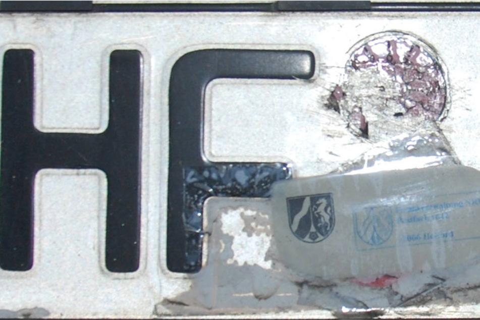 Die Polizei Herford hat eine dreiste Fälscherin (32) in Herford aus dem Verkehr gezogen.