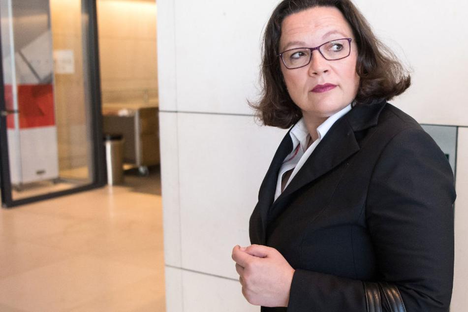 Andrea Nahles, Vorsitzende der SPD, kommt zur Fraktionssitzung der SPD-Fraktion im Bundestag.