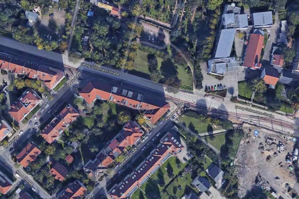 Einsatzort war die Georg-Schumann-Straße im Stadtteil Wahren.