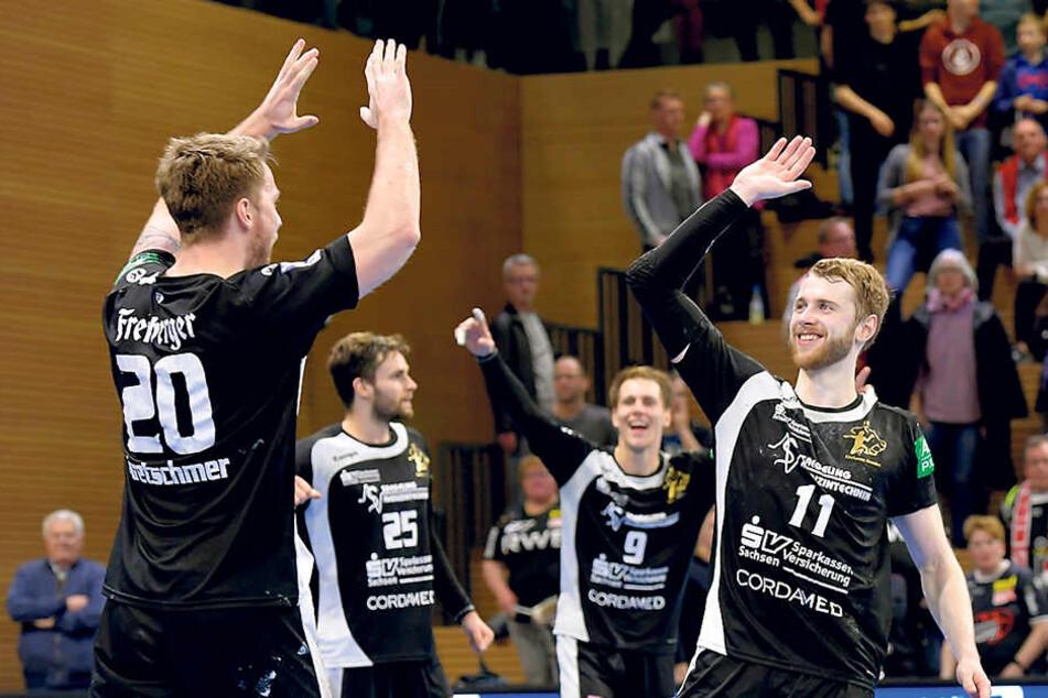 Der Jubel der Sieger mit (v.l.) Nils Kretschmer,Sebastian Greß, Julius Dierberg und Arseniy Buschmann.