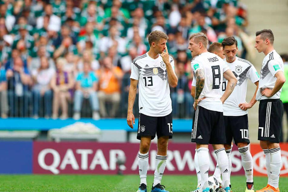 Hängende Köpfe beim deutschen Team nach der Mexiko-Niederlage. War der Erwartungsdruck zu groß?