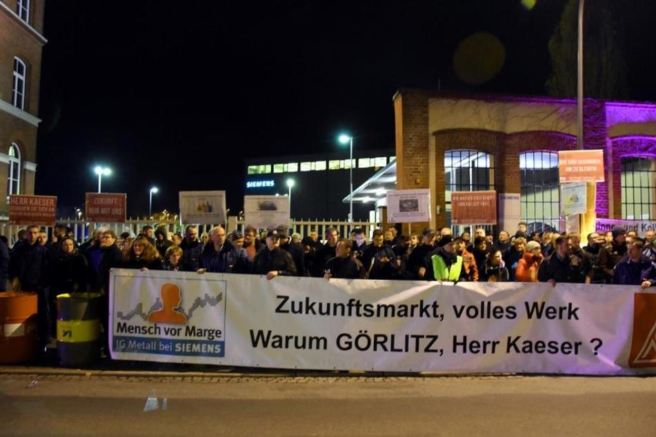 Per Transparent wandten sich Siemens-Mitarbeiter aus Görlitz direkt an den Siemens-Boss.