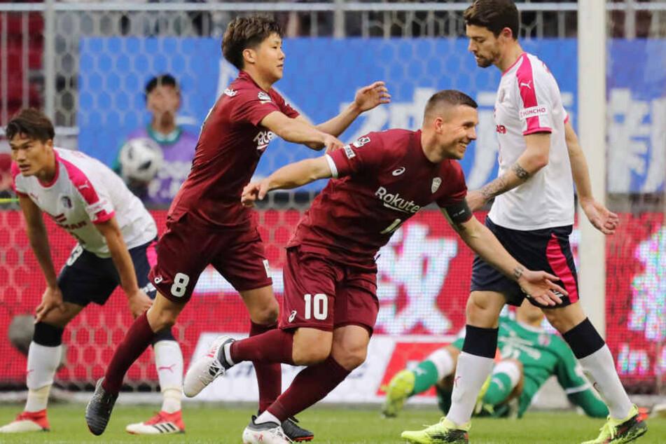 Lukas Podolski (33) spielt seit 2017 in für Vissel Kobe in Japan.