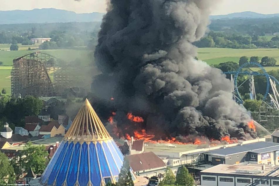 Nach Großbrand im Europa-Park: Erste Gebäude öffnen wieder!