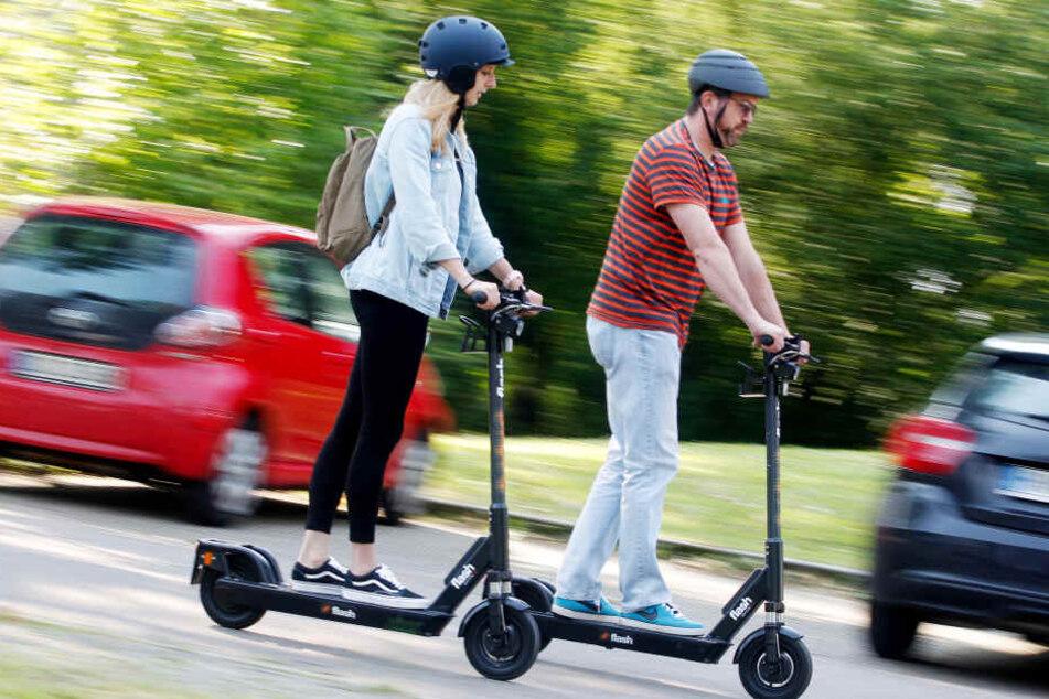 Die Erfahrungen mit E-Scootern fallen in den NRW-Städten recht unterschiedlich aus (Symbolbild).