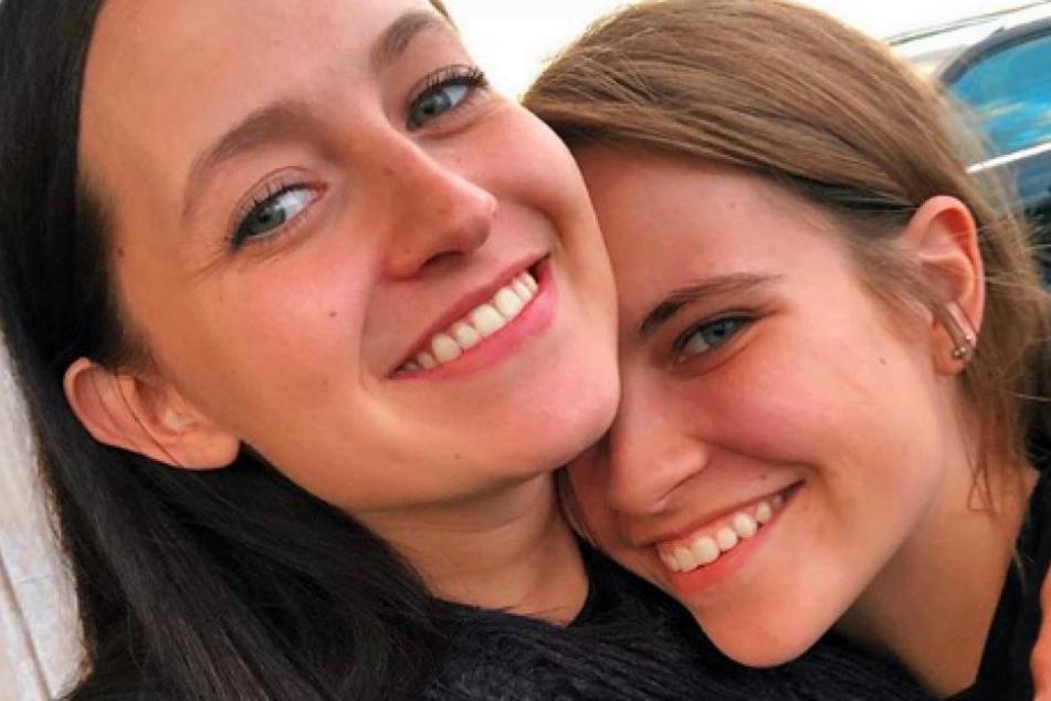 Zu ihrer Freundin Dagjörbt Telma Davíðsdóttir verspürt Melina Sophie eine tiefere Verbundenheit als sie es zu einem Jungen jemals konnte.