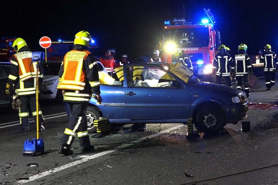 Die A67 wurde nach dem Unfall voll gesperrt.