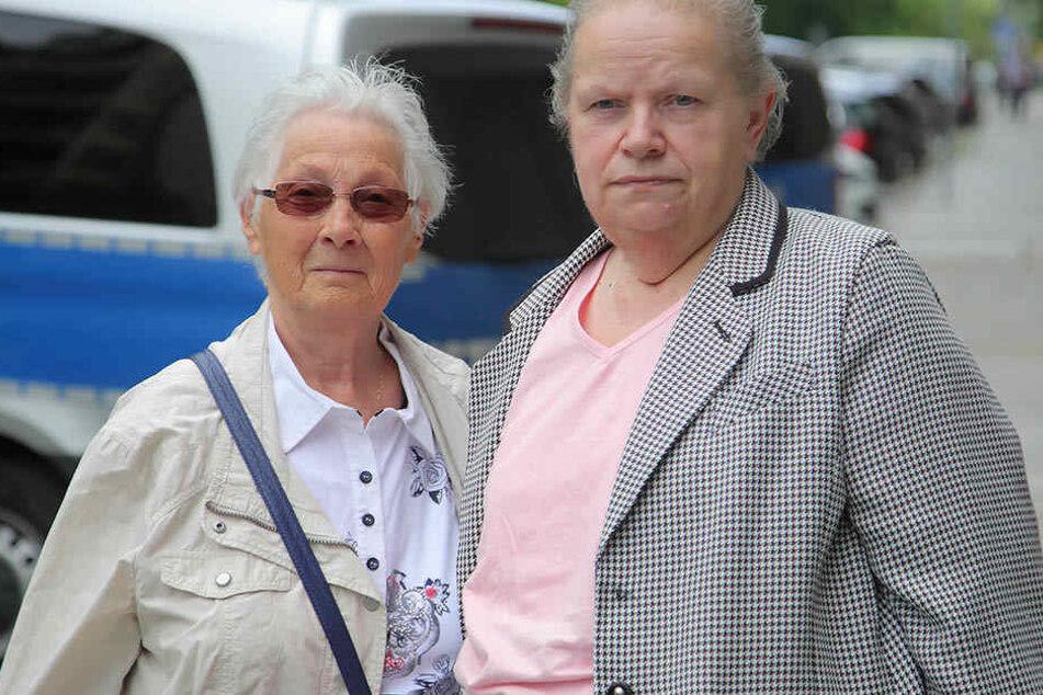 Die Betrugsopfer Anneliese M. (81, links) und Christa N. (67) sagten am Dienstag bei Gericht aus.