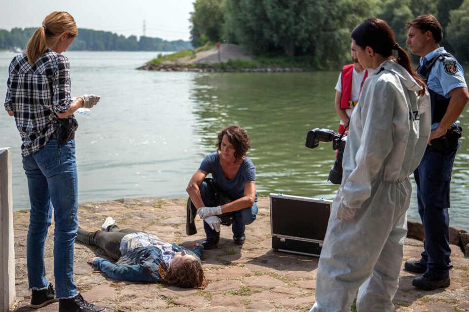 Der Fall ist kompliziert. Statt des Vermissten taucht im Rhein die Leiche einer Ärztin auf.