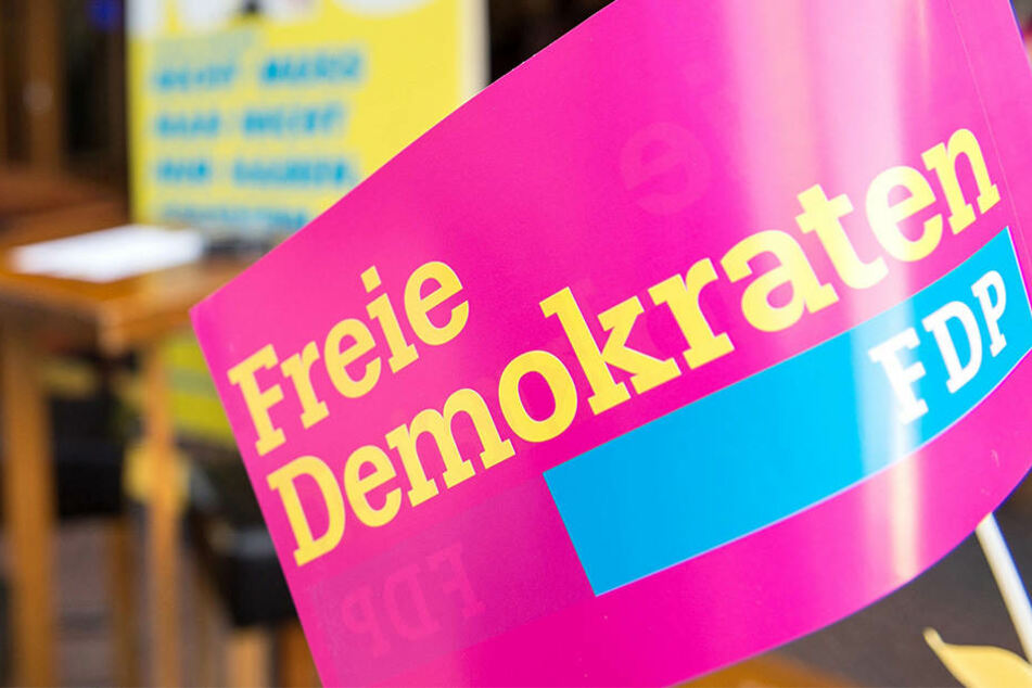 Geldstrafe für FDP-Politiker: Er soll Kinderpornos verbreitet haben