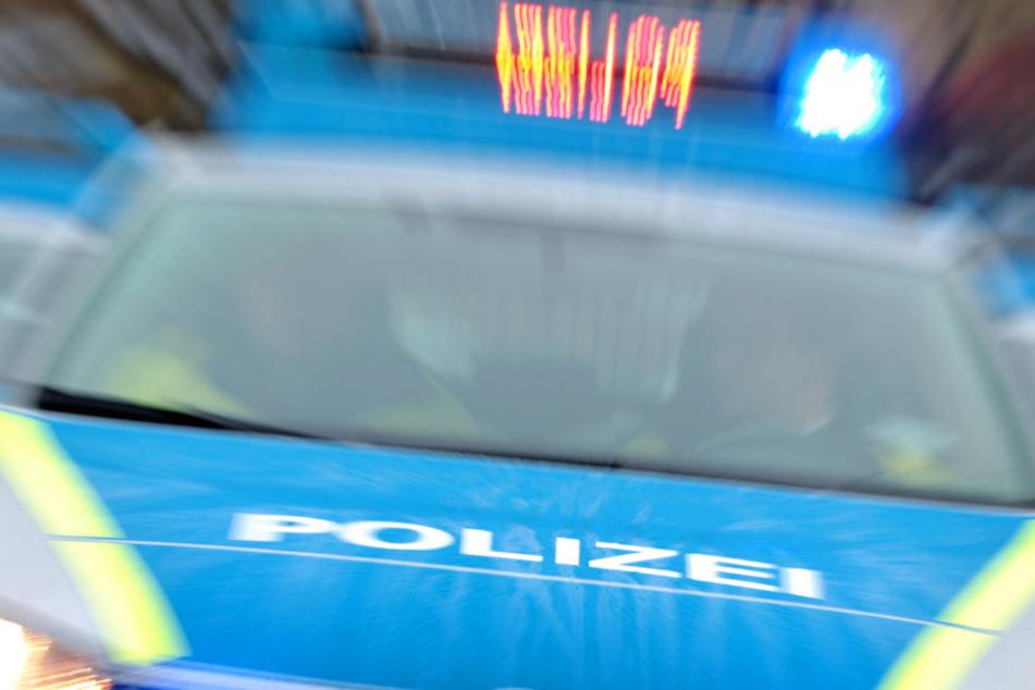 Ein Exhibitionist rief am Donnerstag in Mainz die Polizei auf den Plan (Symbolbild).