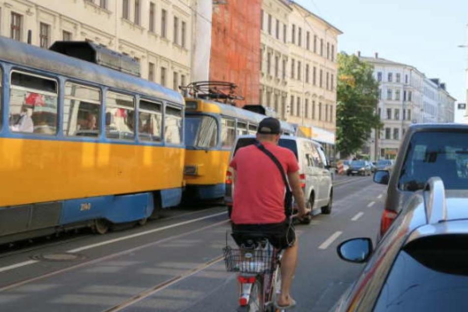 Die Entscheidung ist gefallen: Die Jahnallee soll künftig sicherer für Radfahrer werden.