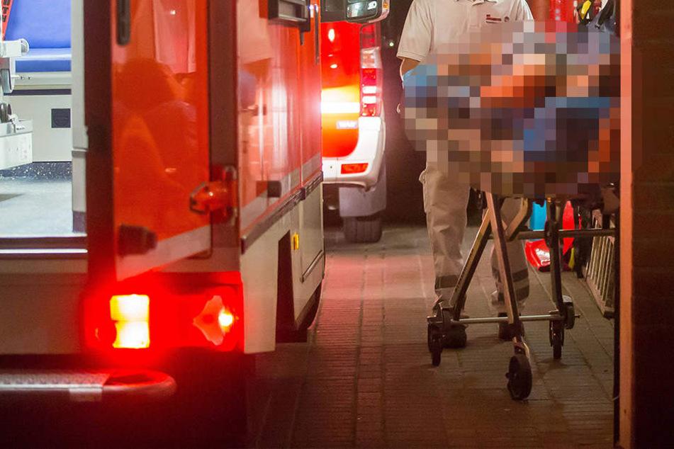 Polizei und Rettungsdienst war mit zahlreichen Einsatzkräften vor Ort.