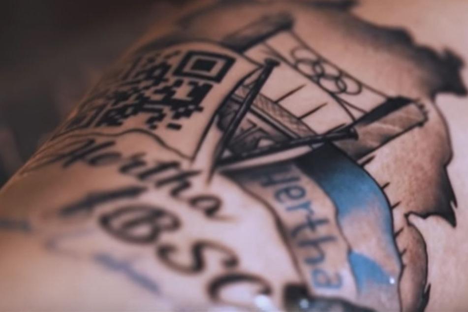 Dieses Tattoo verschafft einen Hertha-Fan die Dauerkarte seines Lebens.