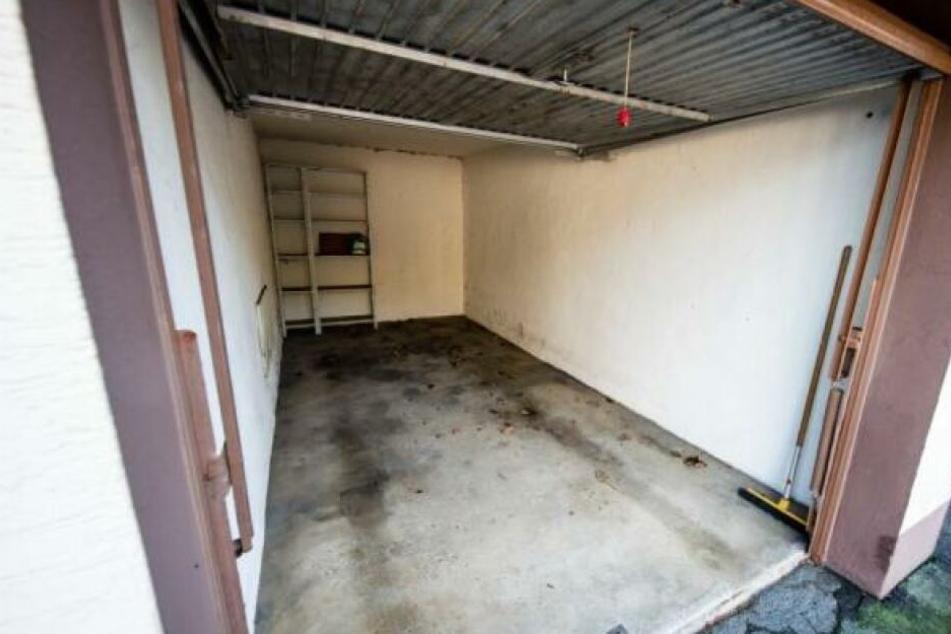 Die Leiche der Mutter wurde in dieser Garage gefunden.