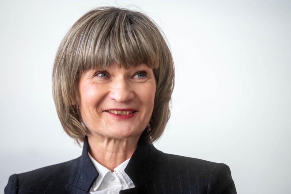 Barbara Ludwig (56, SPD)