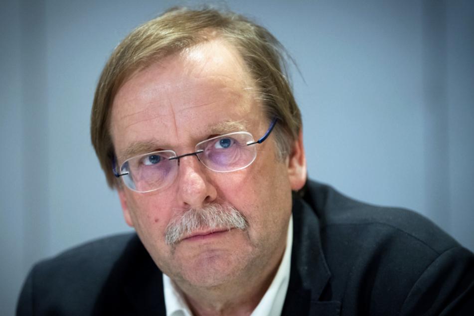 1. DFB-Vizepräsident Amateure Rainer Koch glaubt, dass das Maßnahmenpaket die Flexibilität in dieser Ausnahmesituation erhöht. (Archivbild)