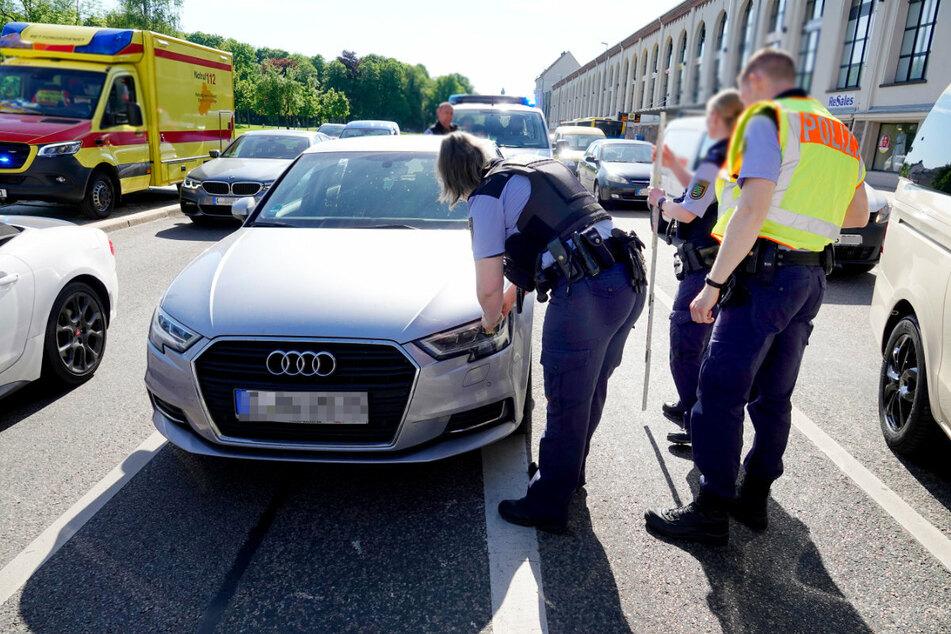 Chemnitz: Fußgängerin von Auto erfasst