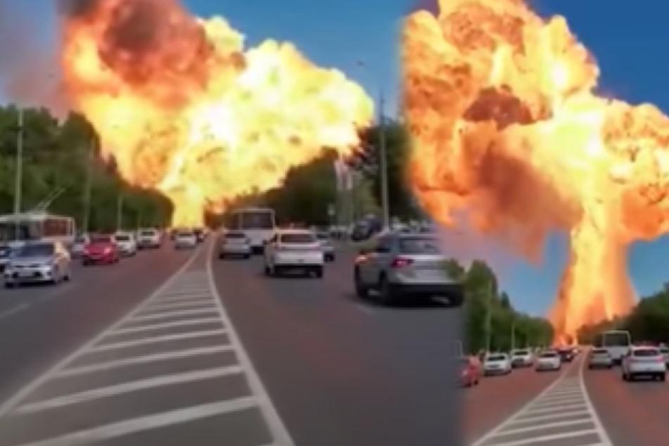 Mega-Explosion: Hier fliegt eine Tankstelle in die Luft