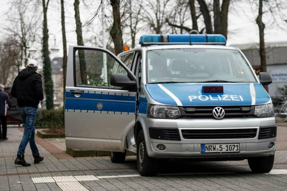Mehrere Info-Mobile der Polizei sind in der Innenstadt postiert.