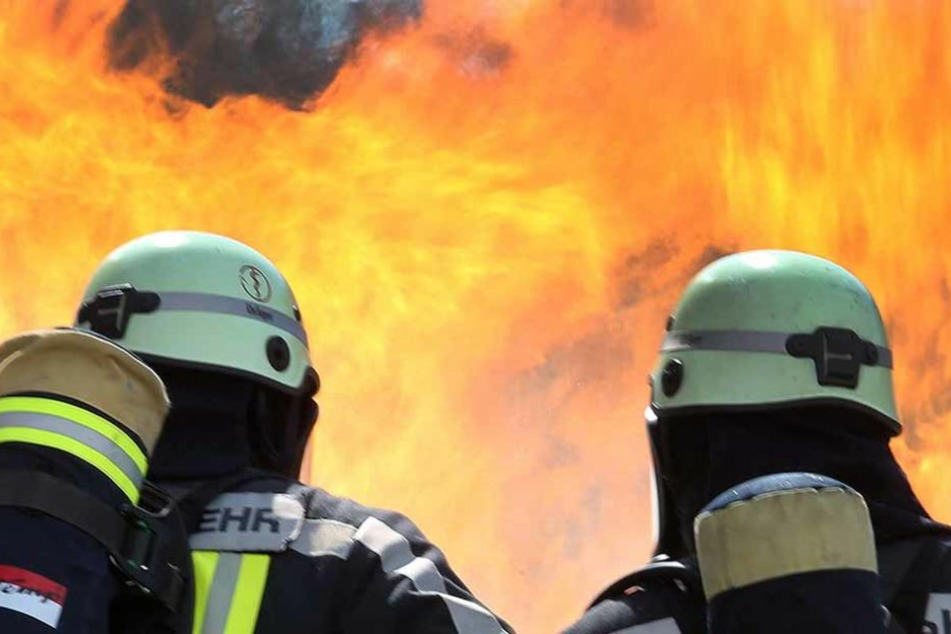 Ein Brand in Hirschberg (Rhein-Neckar-Kreis) hat am Donnerstag die Feuerwehr auf Trab gehalten. Das Feuer richtete 35000 Euro Sachschaden an. (Symbolfoto)