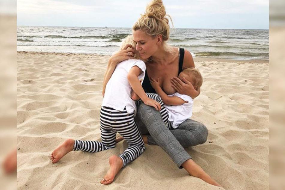 Mit den Namen ihrer Töchter kommt die Blondine öfter mal durcheinander, wie sie freimütig zugibt.