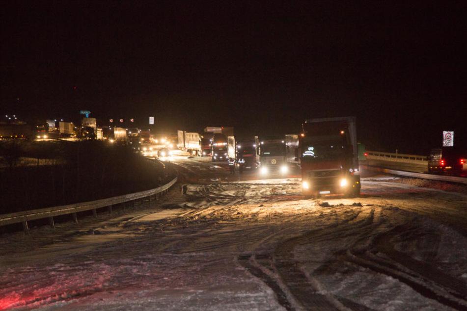 Auf der A4 gibt es am Donnerstagmorgen mehrere Unfälle.