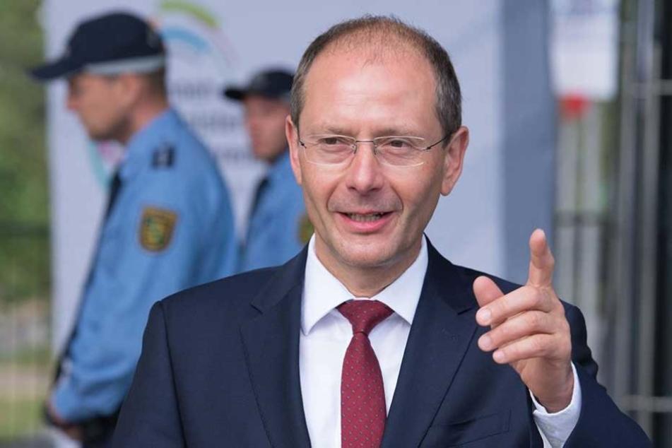 Innenminister Markus Ulkig (CDU) gab sein OK für die Verlängerung der zwei Kontrollbereiche.