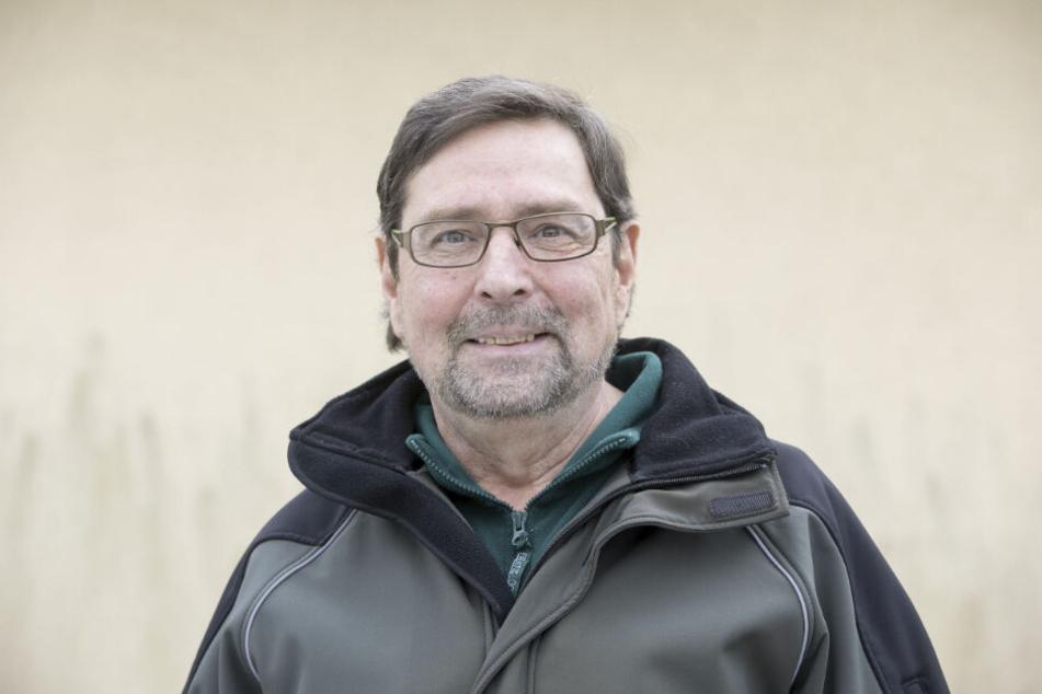Hanns-Hendrik Kluge (64) hört als Tierheimchef auf. Die Stadtverwaltung sucht einen Nachfolger.
