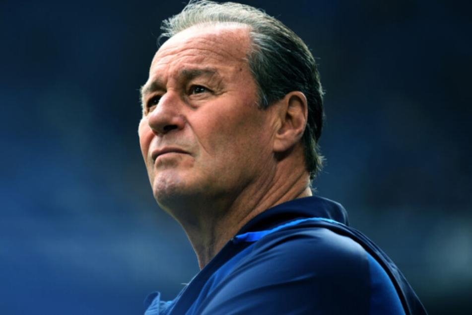 Sein letztes Spiel als Schalke-04-Trainer: Huub Stevens.
