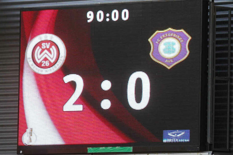 Das Pokal- und Letsch-Aus in der Vorsaison. Aue verlor am 13. August 2017 0:2 bei Drittligist Wiesbaden.