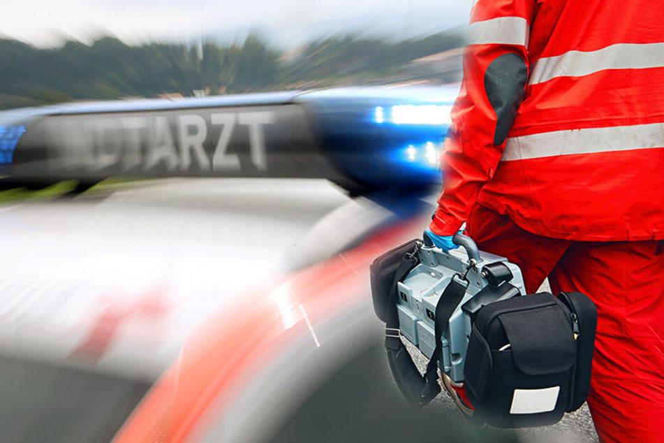 Vor der Notaufnahme wurde ein 39-jähriger Rettungssanitäter brutal zusammengeschlagen. (Symbolbild)