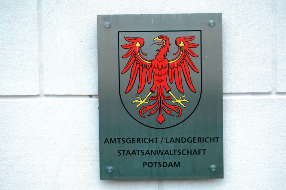 Das Oberlandgericht hat am Donnerstag den Haftbefehl gegen den 64-Jährigen aufgehoben. (Symbolbild)