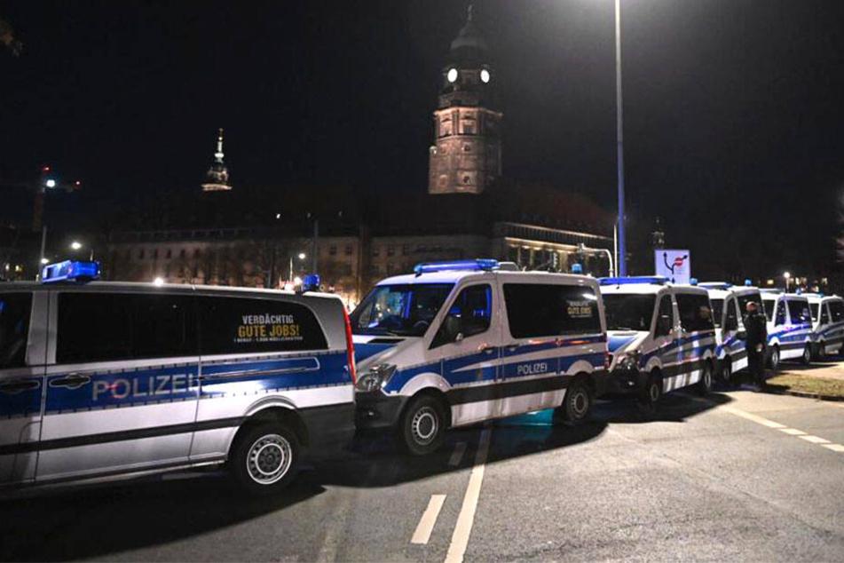 Trauermarsch und Gegenprotest: So liefen die Demonstrationen in Dresden