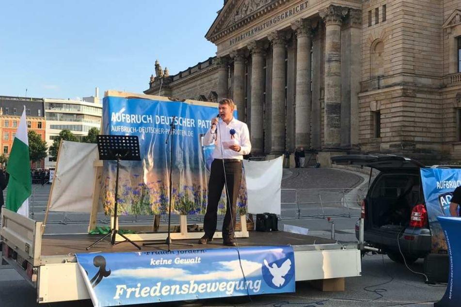 Im August möchte André Poggenburg endgültig in Connewitz sprechen.