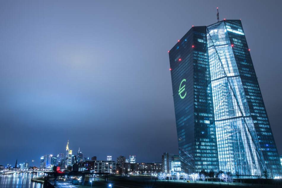 Auch die Europäische Zentralbank (EZB) wird in besonderem Licht erleuchten. (Symbolbild)