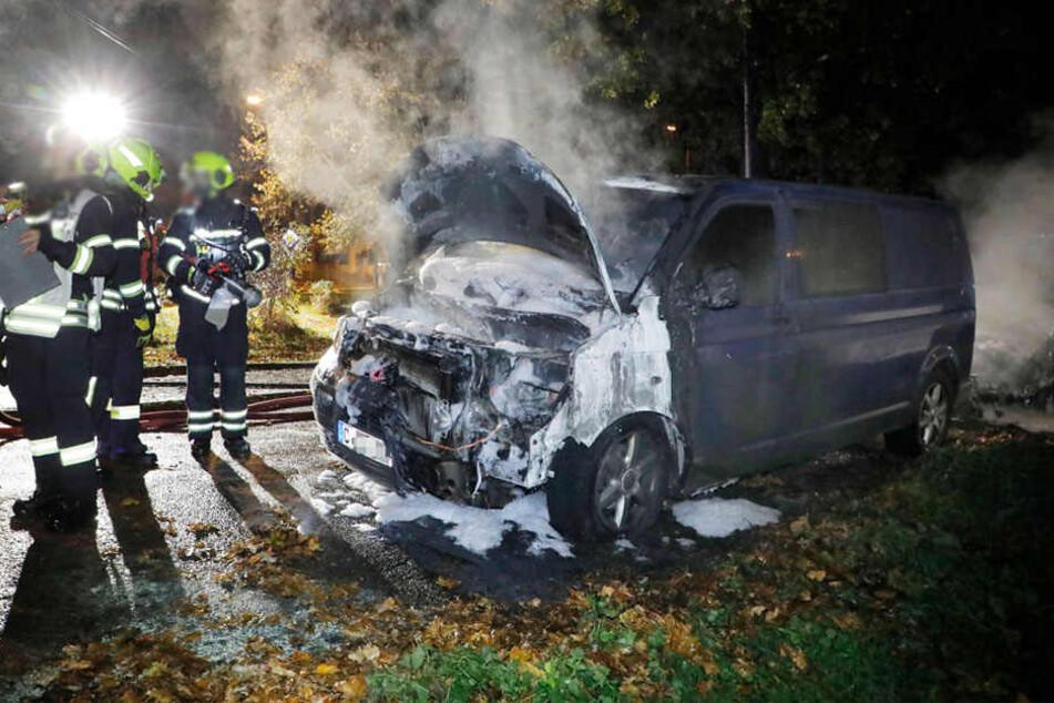 Chemnitz: Brandstiftung in Chemnitz? Zwei Autos abgefackelt