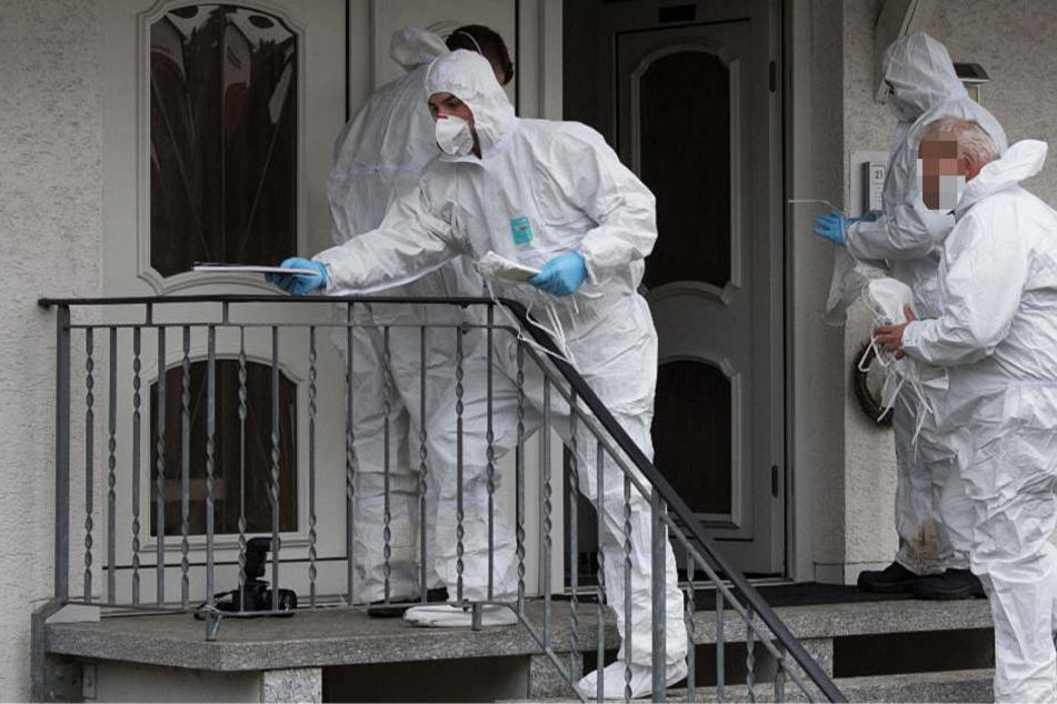 Spezialisten der Spurensicherung untersuchten den Tatort in Laubach.