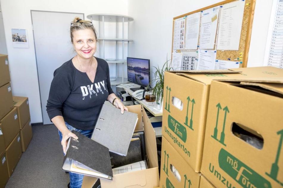 Elke Ziegler (57) hat ihre Kisten am alten Standort im WTC an der Ammonstraße  bereits gepackt.