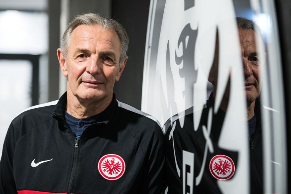 Satte 602 Bundesliga-Spiele machte Körbel für die Eintracht.